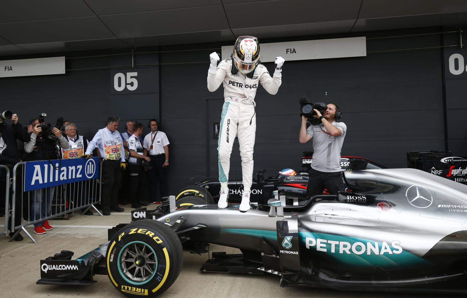 GP de Grande-Bretagne: victoire de Lewis Hamilton (Mercedes)