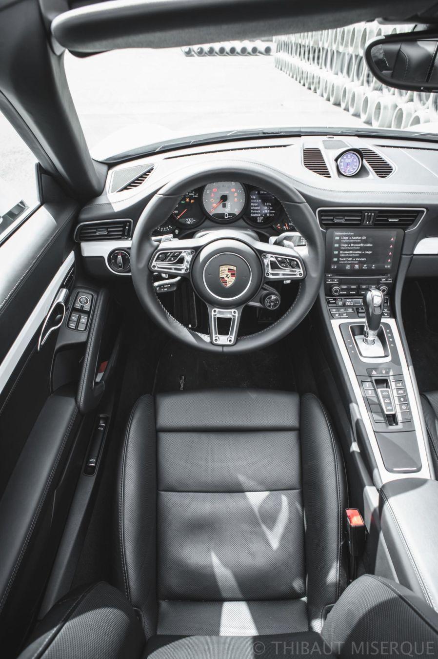 Porsche_991_2_Carrera_S_Cabriolet_driver-view