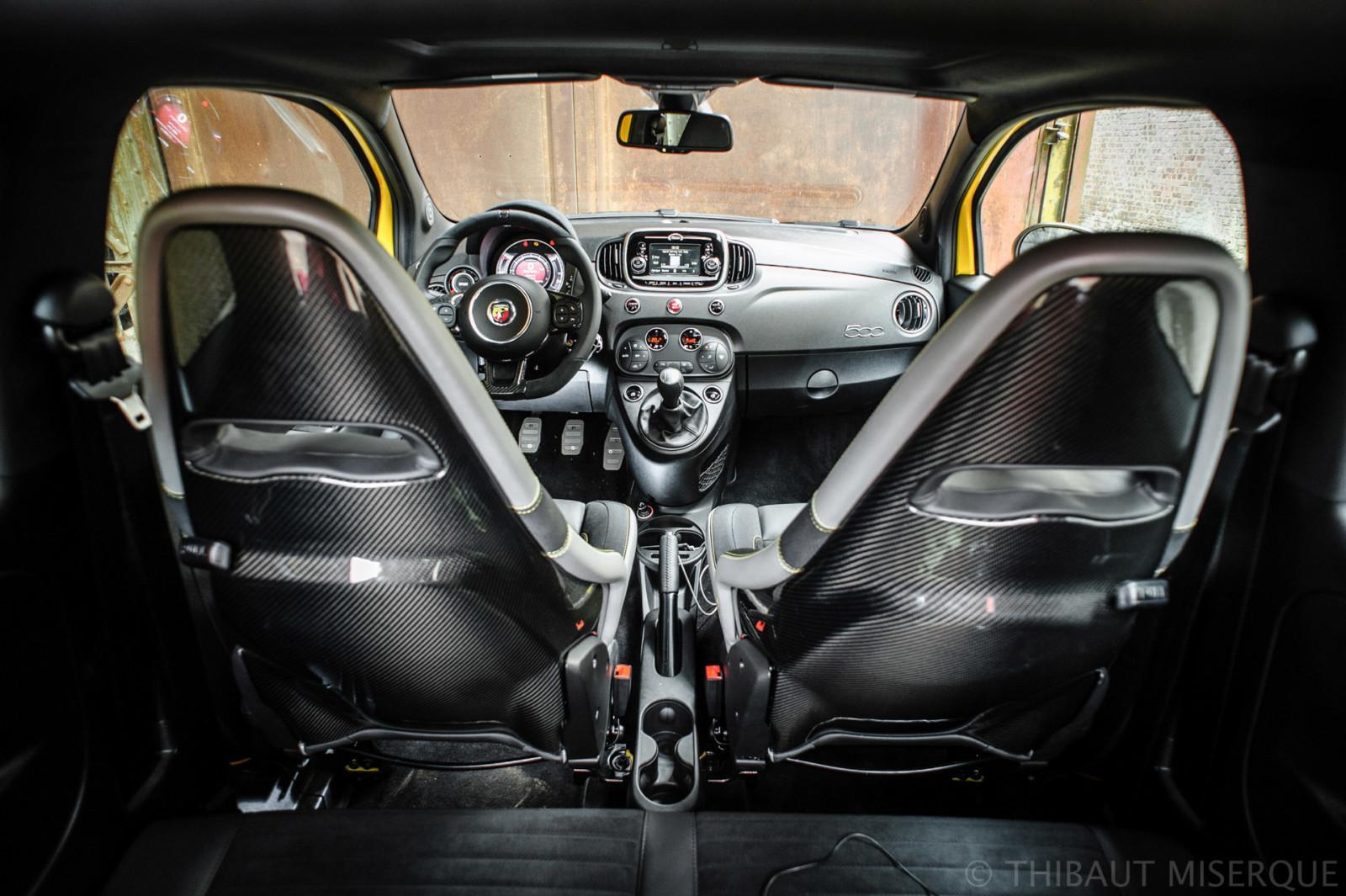 Abarth 595 Competizione 2016 interior