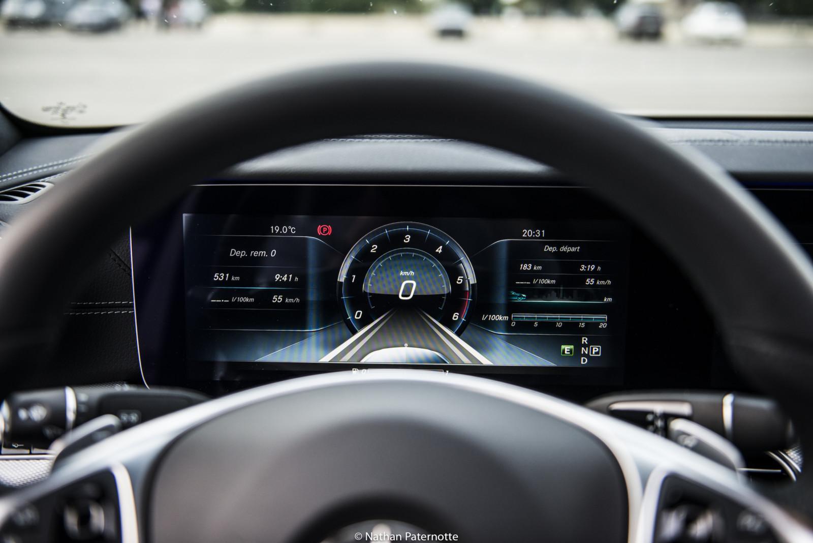 Sécurité / Mercedes rappelle 1 million de voitures