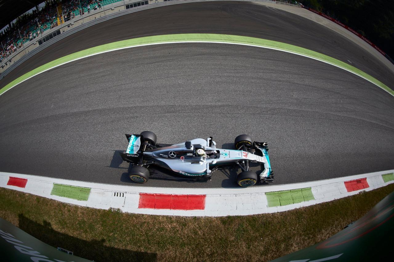 Hamilton_Mercedes_EL3_Monza_F1_2016-
