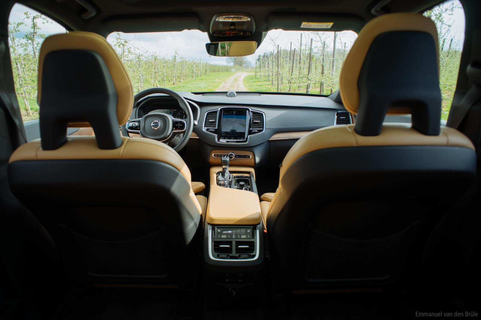 volvo_xc90_d5_inscription-12