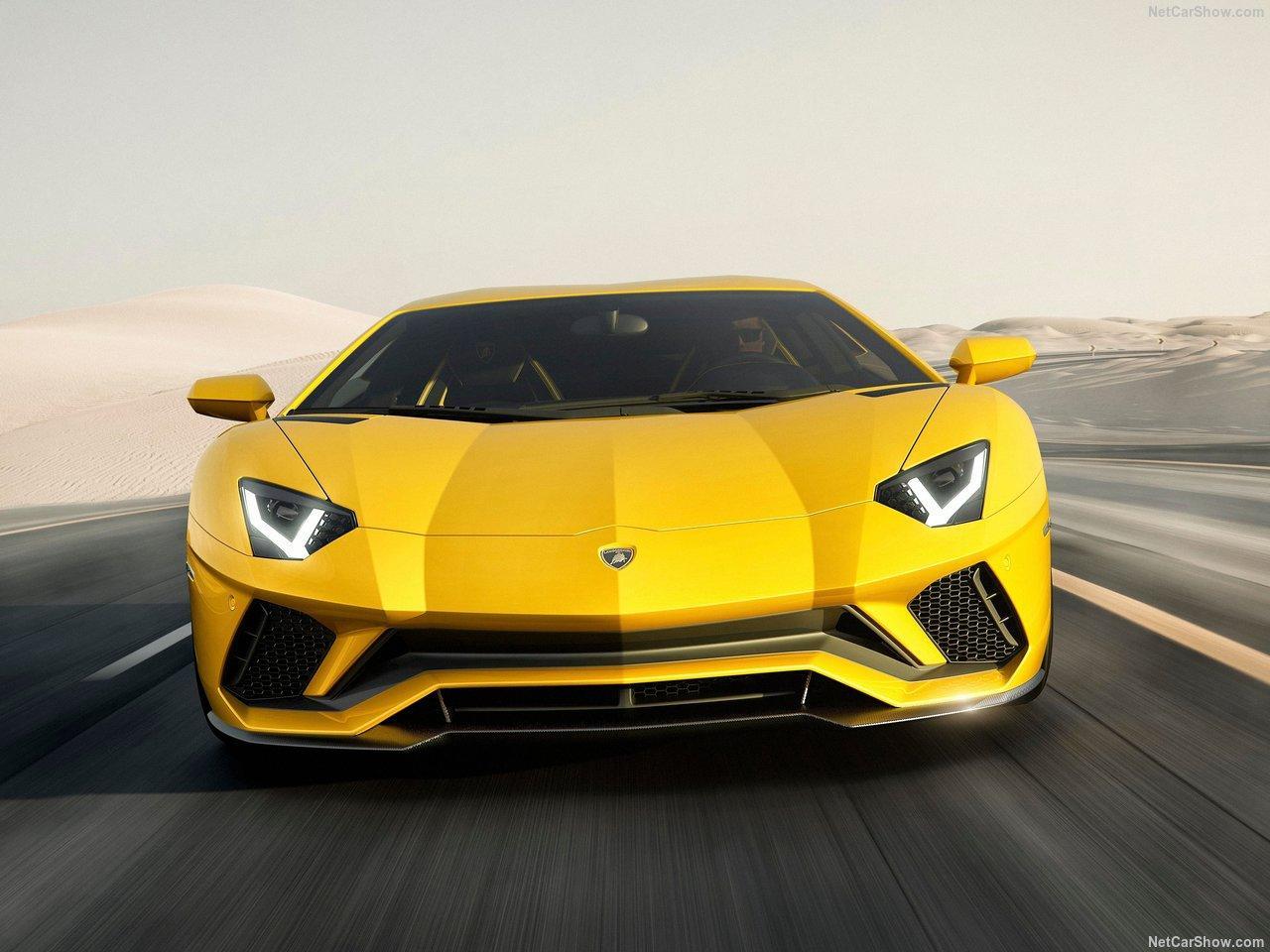 Photo de Lamborghini : Un V12 atmosphérique hybride confirmé pour la remplaçante de l'Aventador