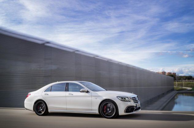 17C164 002 633x420 - Mise à jour pour la Mercedes Classe S