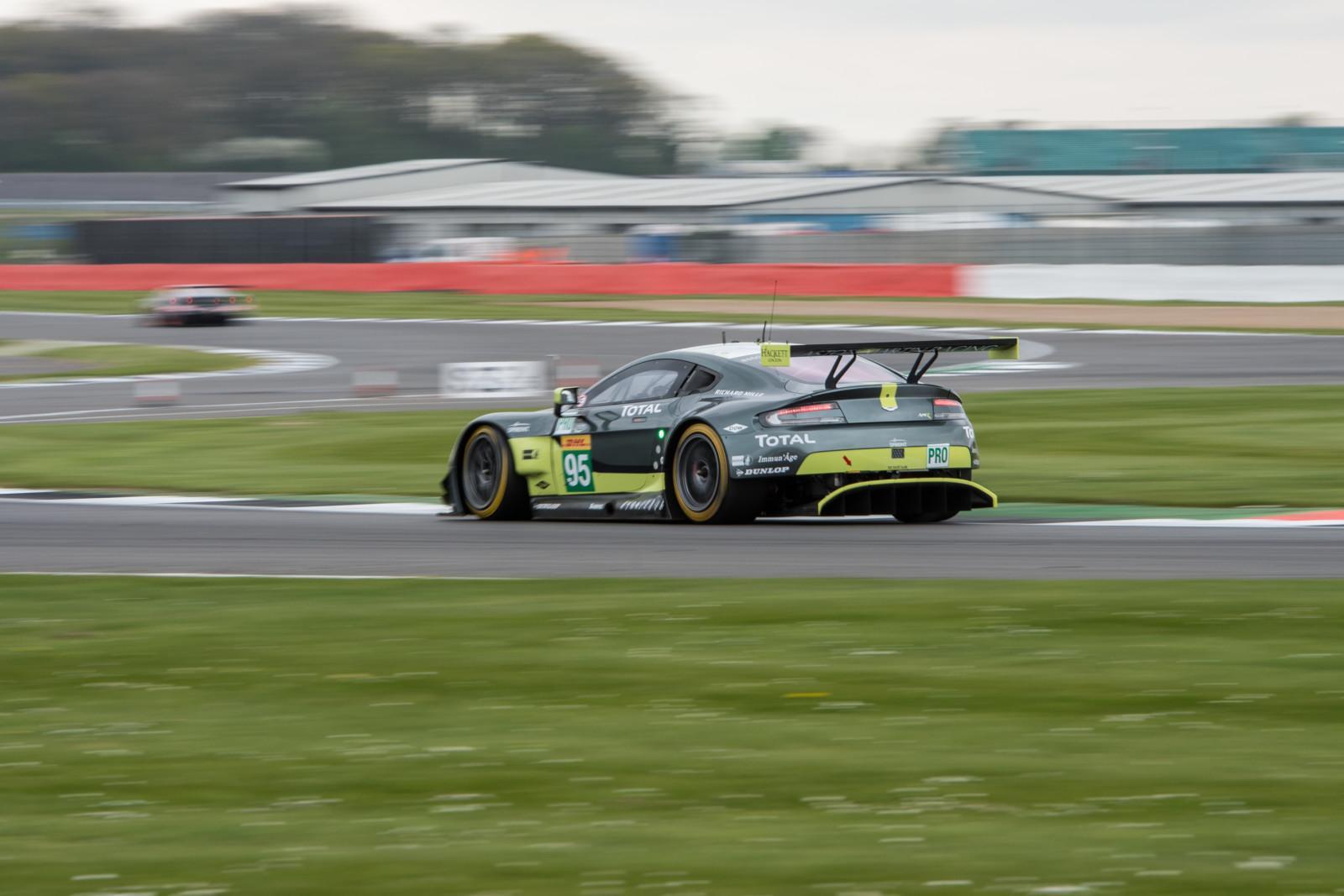 6 Heures De Silverstone Toyota Devant Comme Pr 233 Vu Rebellion Et Aston Martin Bien Plac 233 S