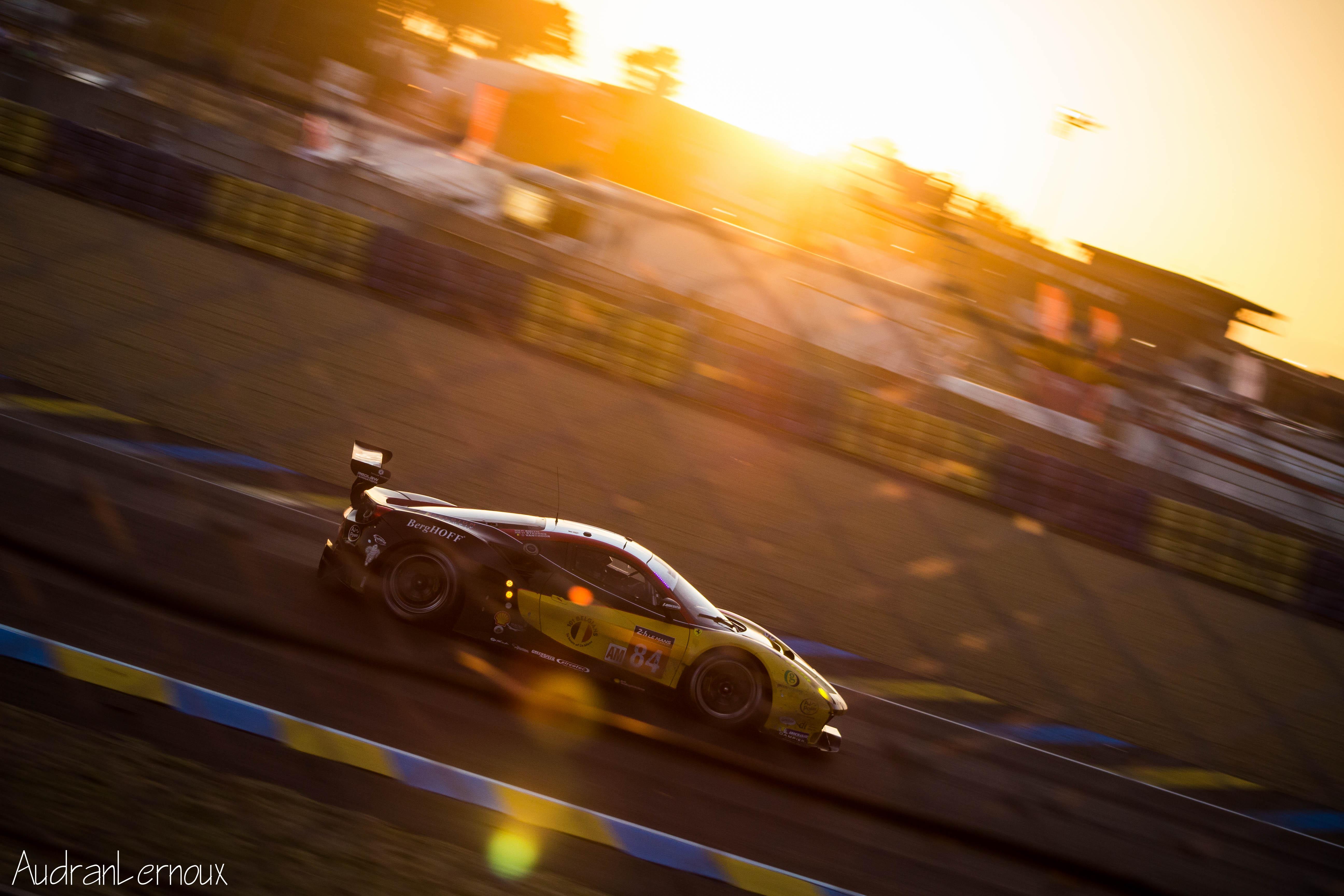 Heures du Mans Abandon de la Porsche de tête