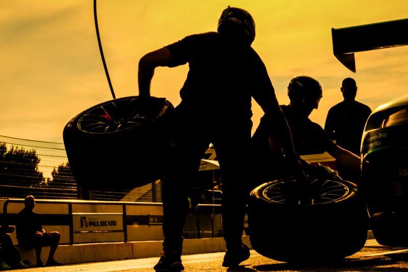 H+4 : Bentley et Maxime Soulet en lice pour la victoire