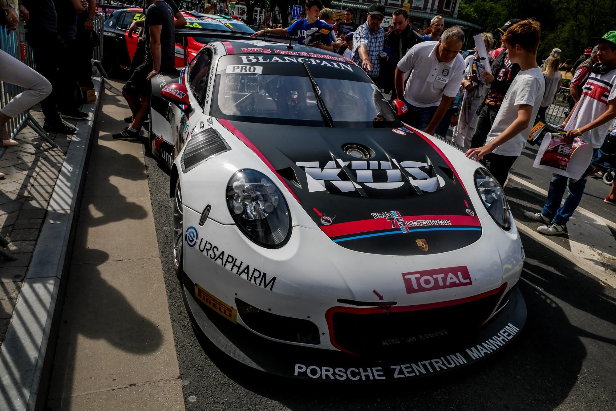 Team 75 Bernhard Kevin Estre Porsche 911 GT3-R