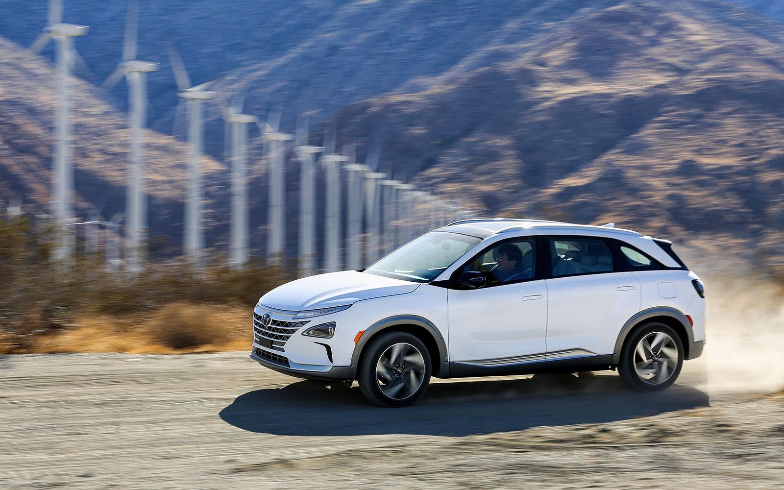 Hyundai dévoile son nouveau véhicule électrique à hydrogène Nexo au CES 2018