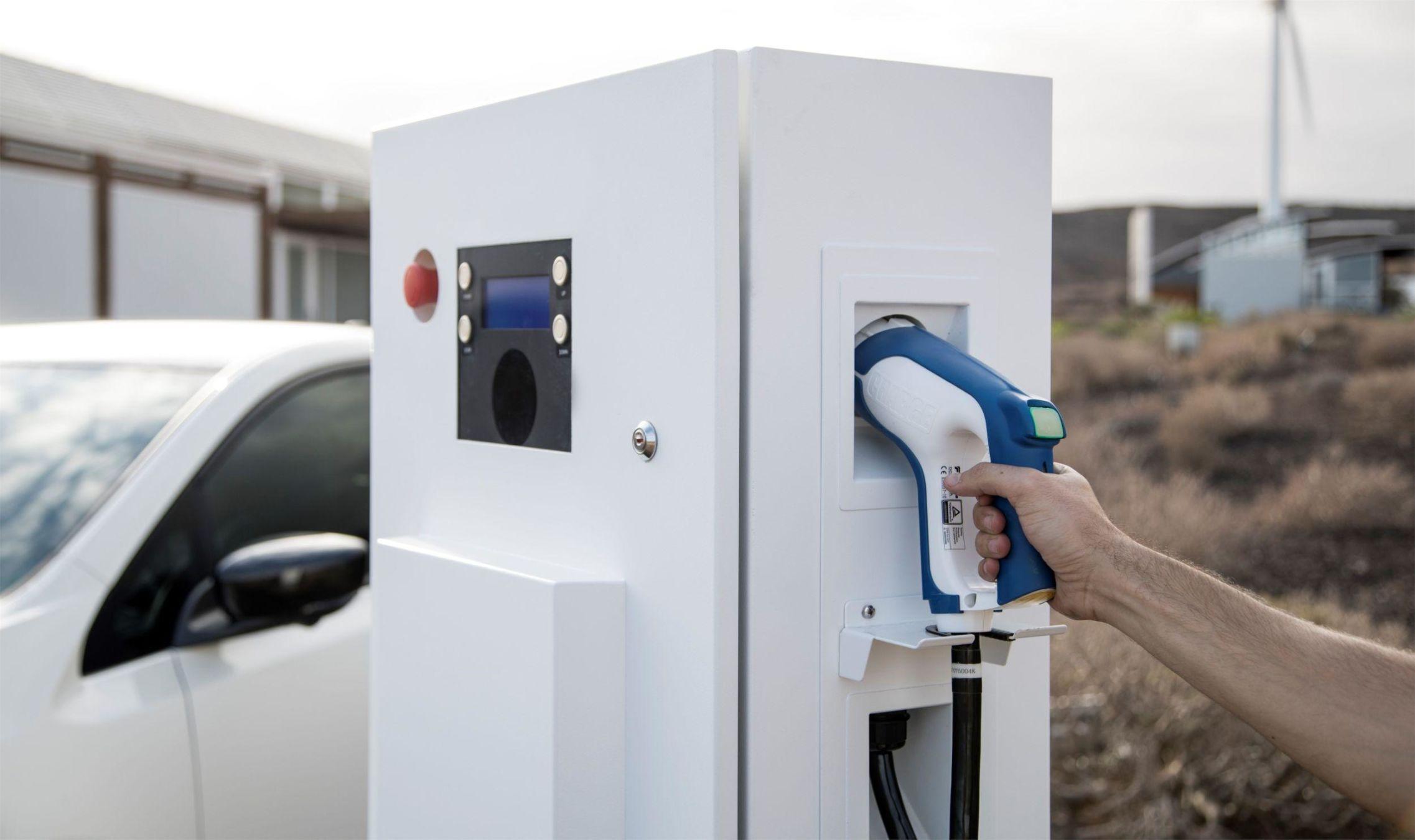 Borne de rechargé véhicule électrique Nissan
