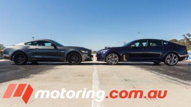 Photo de Vidéo : La Kia Stinger GT peut elle rivaliser avec la Ford Mustang GT au départ arrêté ?