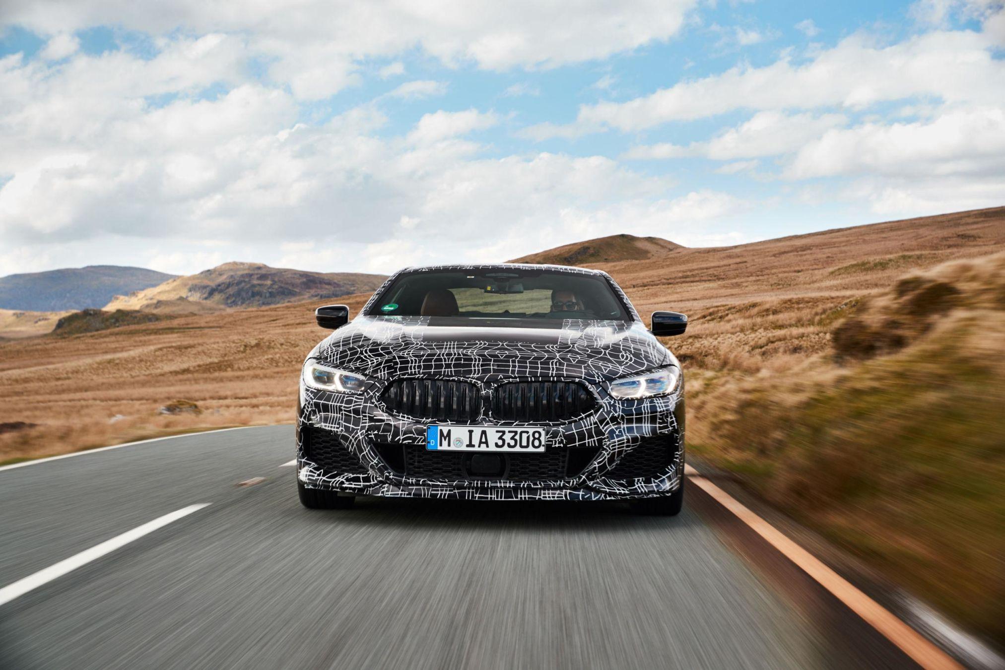 BMW M850i : un V8 biturbo de 530 ch sous le capot