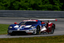 Photo de Ford opportuniste, Paul Miller Racing autoritaire, Laurens Vanthoor sur le podium