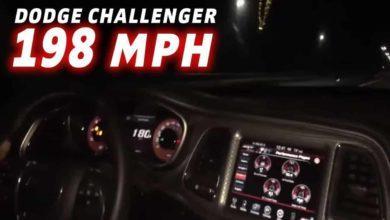 Photo de Vidéo : Il se filme à plus de 300 km/h en Dodge Challenger SRT Hellcat
