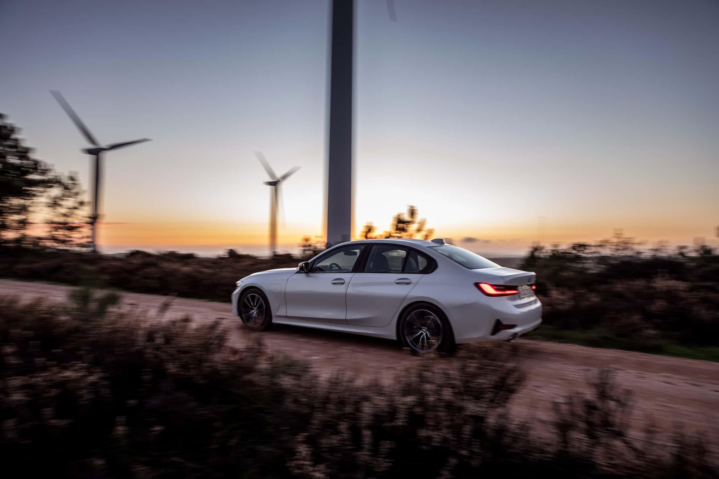 BMW M340i xDrive : la Série 3 embarque 374 ch