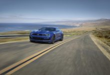 Photo de USA : Chevrolet gonfle la remise de 3000$ pour les acheteurs d'une Camaro possédant une Ford Mustang