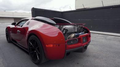 Photo de Vidéo : Ils installent une nouvelle ligne d'échappement sur une Bugatti Veyron