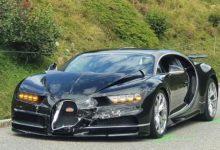 Photo de Ils plantent une Bugatti Chiron et une Porsche 911 en Suisse
