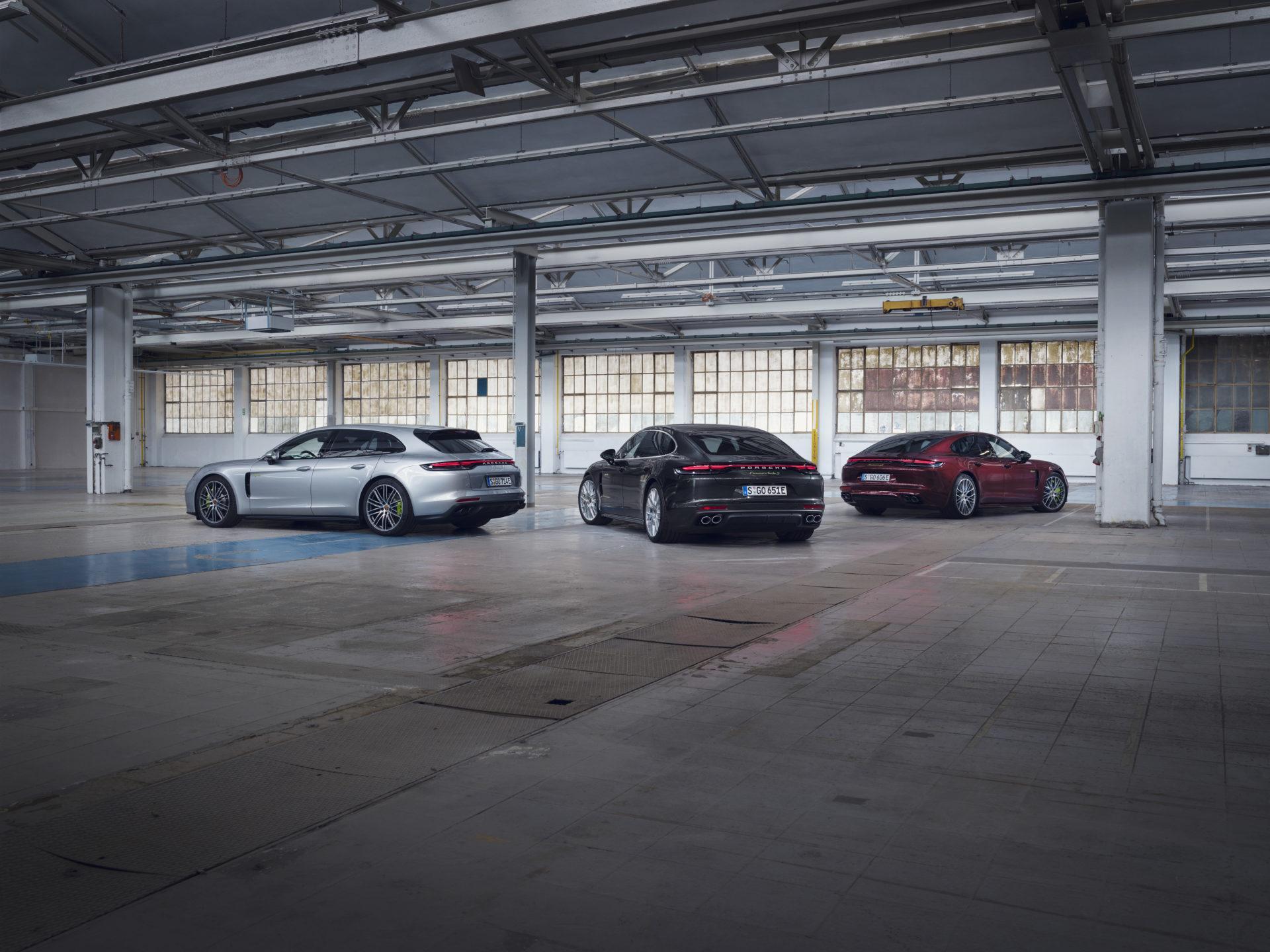 Porsche étoffe l'offre plug-in hybride de sa Panamera