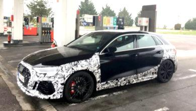 Photo de La future Audi RS 3 photographiée dans une pompe à essence