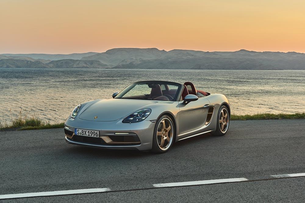 Porsche présente un Boxster rendant hommage à sa première génération