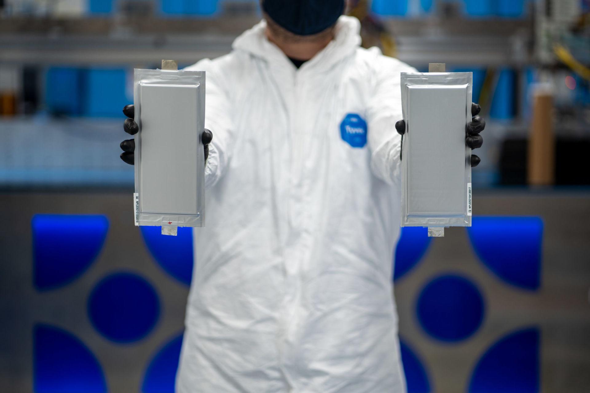 BMW et Ford s'unissent pour investir dans les batteries solides